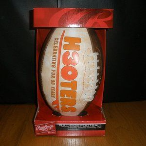 New Hooters Football Celebrating 30yrs Stand & Tee